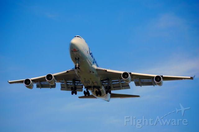 Boeing 747-400 (LX-VCV) - Cargolux 747-400.