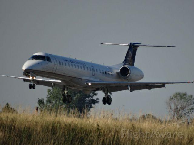 Embraer EMB-145XR (N17146)