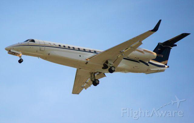 Embraer ERJ-135 (N600TN)