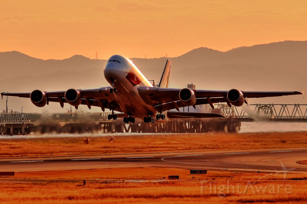 Airbus A380-800 (9V-SKJ) - Sunset Take-off shot by Special marking A388 of Singapore airline.