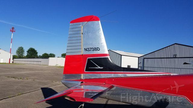 Cessna Skyhawk (N3738D)