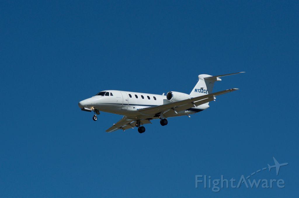 Cessna Citation III (N132CE) - Landing 30L KHOU