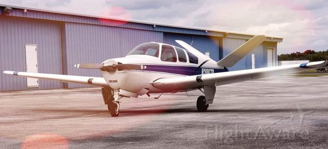 Beechcraft 35 Bonanza (N2097D)