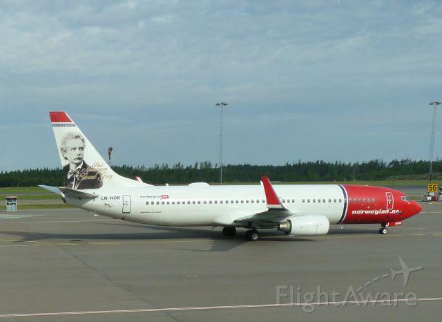 Boeing 737-800 (LN-NOB)