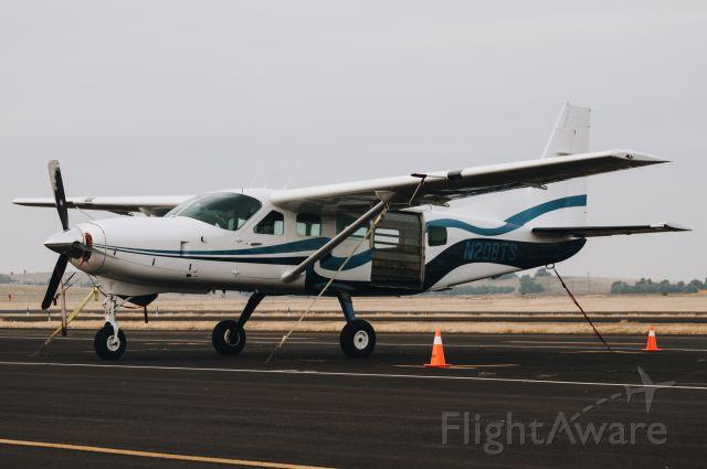 Cessna Caravan (N208TS)