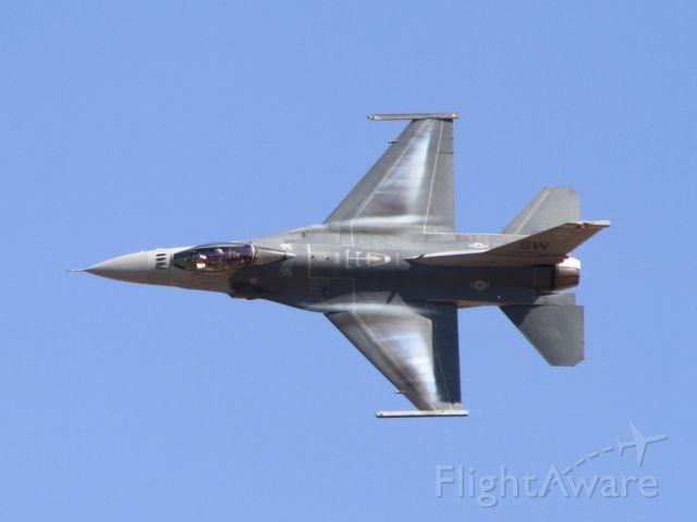 Lockheed F-16 Fighting Falcon (91-0398) - California Capital Airshow - 10/01/16br /Viper Demo