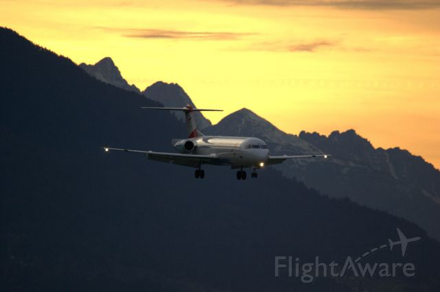 Fokker 100 (OE-LVD) - Beautiful sunset with this incoming Fokker 100.