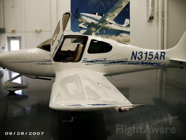 Cirrus SR-20 (N315AR)