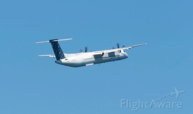 de Havilland Dash 8-400 (C-GLQX)