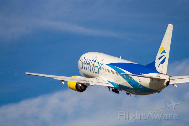 BOEING 737-400 (N807TJ)