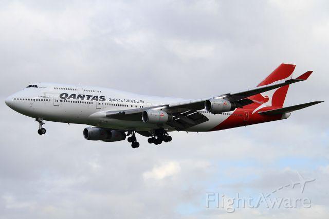 Boeing 747-400 (VH-OJT)