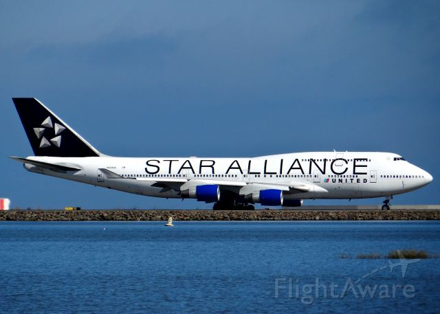 Boeing 747-400 (N121UA) - Beautiful Star alliance livery on this united 747 at SFO.