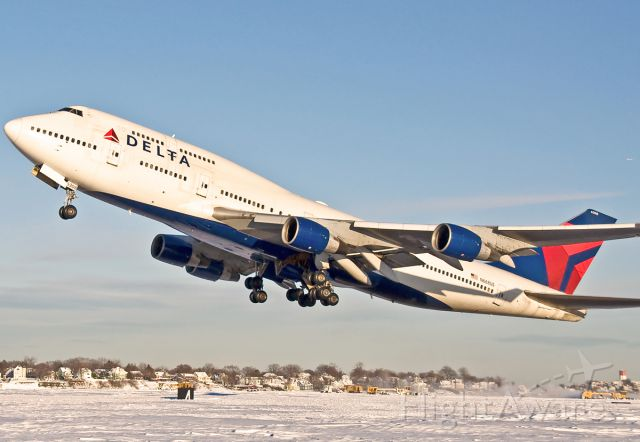 Boeing 747-400 (N668US) - Thanks for the memories Boeing and Delta - KBOS Logan February 03rd 2015