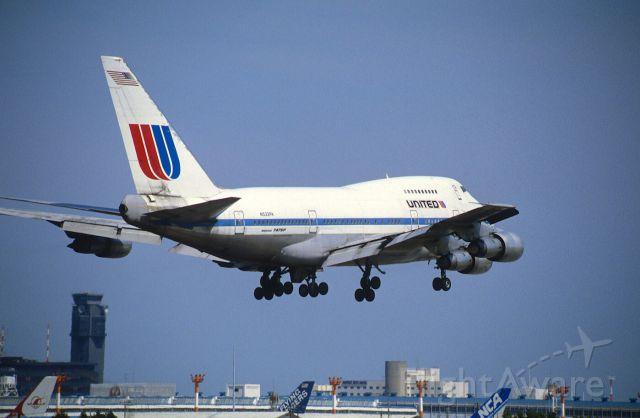 BOEING 747SP (N532PA) - Short Final at Narita Intl Airport Rwy16 on 1986/05/05