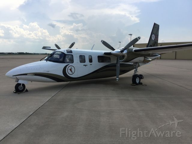 Rockwell Turbo Commander 690 (N690CH) - Just landed at home base