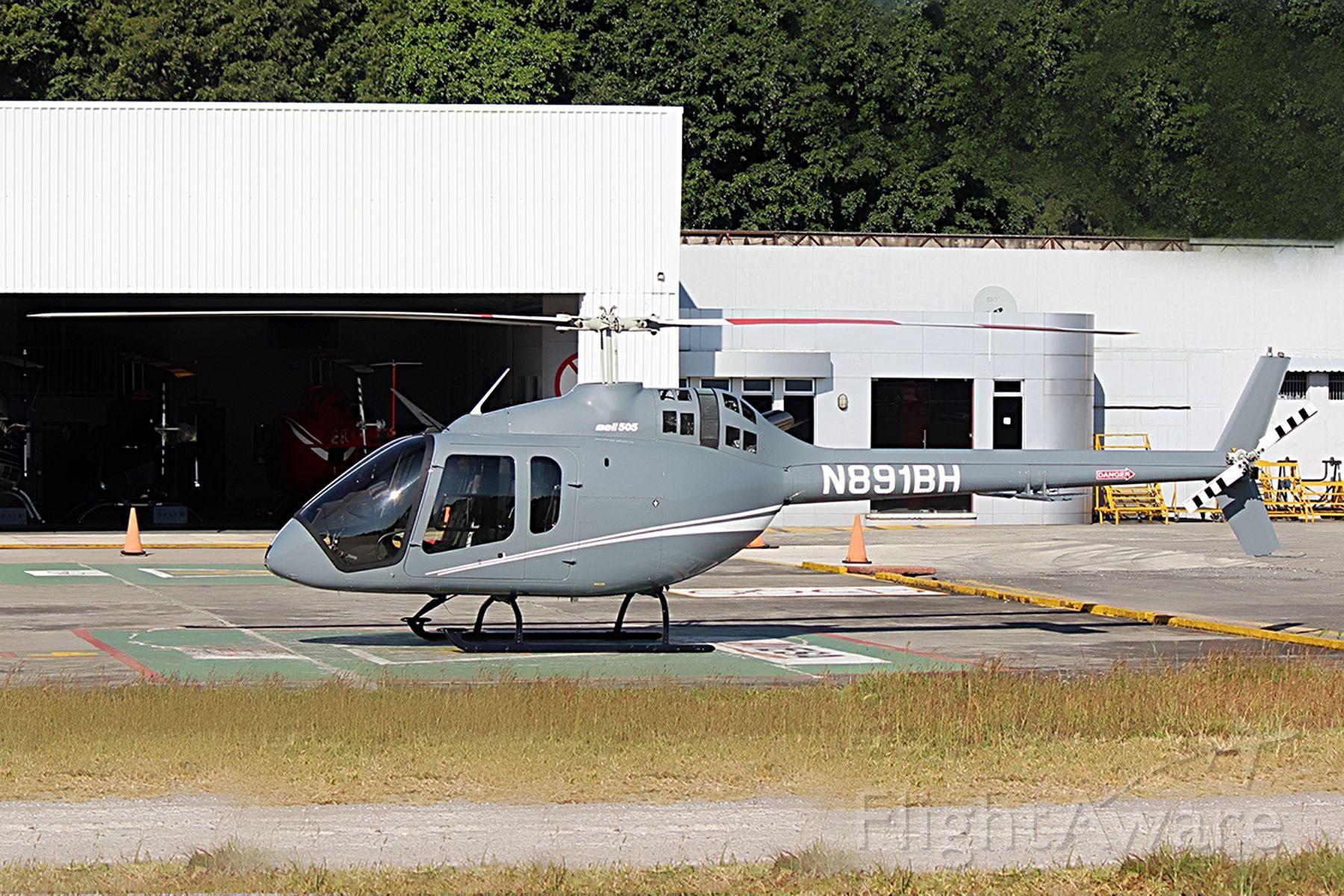 Bell 505 (N891BH)