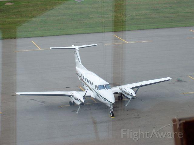 N802M — - King Air 300
