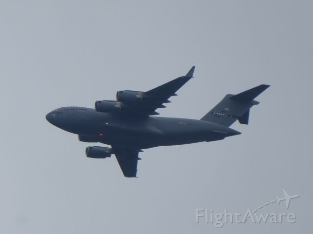 Boeing Globemaster III (96-0005) - 96-0005 USAF Boeing C-17A Globemaster III crossing over Gerolstein in a takeoff kind from east to west, maybe coming from Spangdahlem Air Base. Seen in the forenoon of 09.05.2020.