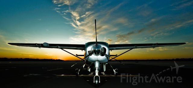 Cessna Caravan (N1243D) - To purchase prints, please go to www.cyphotography.smugmug.com  For image use or licensing, please contact Chris at cyphotos@bellsouth.net