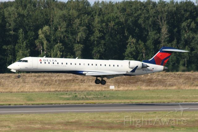 Canadair Regional Jet CRJ-700 (N762SK)