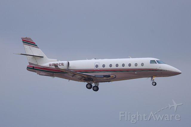 IAI Gulfstream G200 (N818CR) - ILS 25R.