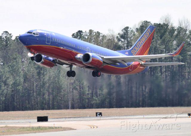 BOEING 737-300 (N364SW)