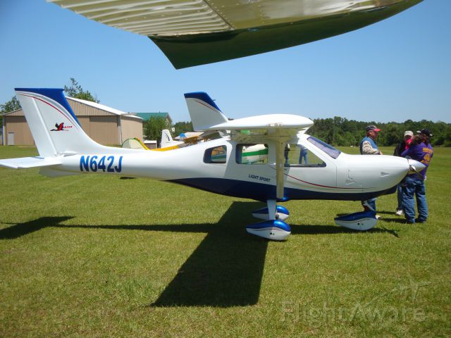 Experimental <100kts (N642J) - Fly-In at Roy E. Ray Airport (2013)