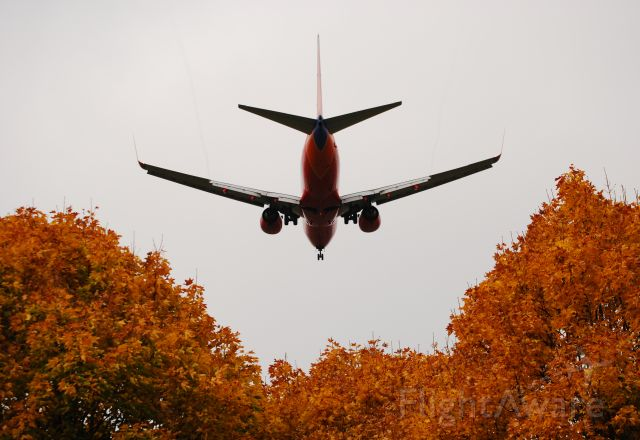 Boeing 737-700 — - Southwest Airlines Boeing 737 on final for 28L at Portland International Airport