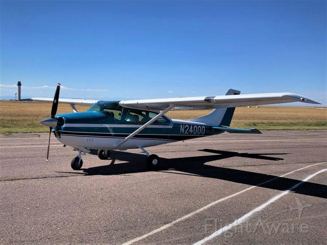 Cessna Skylane (N2400Q)