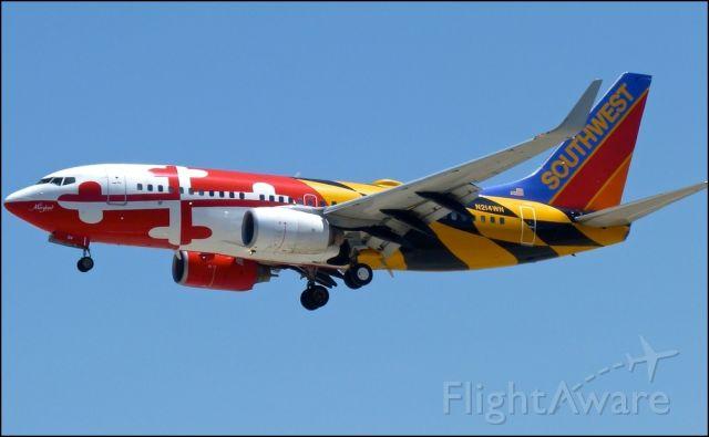 Boeing 737-700 (N214WN)