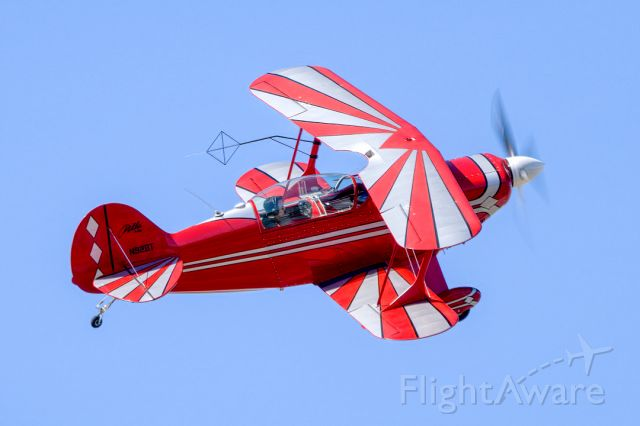PITTS Special (S-2) (N92BT) - Aviat Pitts S-2B departs Livermore Municipal Airport (CA). April 2021.