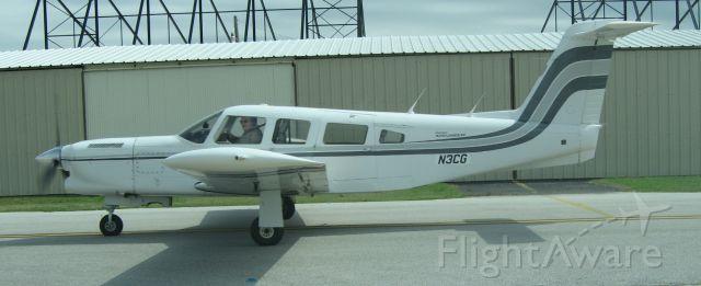 Piper Lance 2 (N3CG) - N3CG old paint job