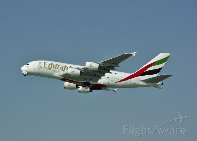 Airbus A380-800 (A6-EDW) - Emirates Airbus A380-861 A6-EDW leaving Dubai