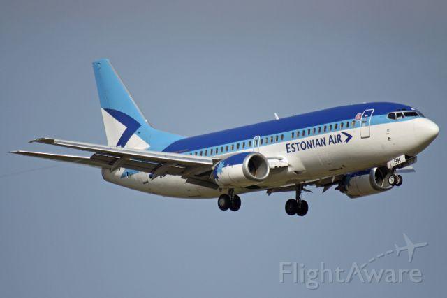 BOEING 737-300 (ES-ABK)