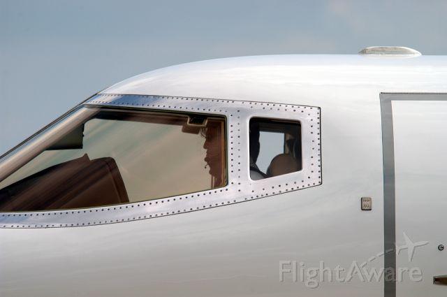 Learjet 60 (N660BC)