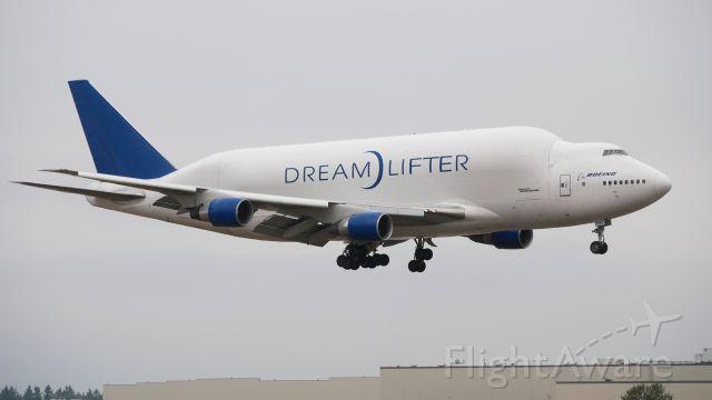 Boeing Dreamlifter (N747BC) - GTI4356 from KCHS on final to Rwy 16R on 9.8.17. (ln 904 / cn 25879).
