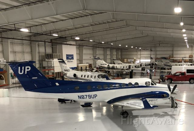 Beechcraft Super King Air 350 (N879UP) - Awaiting the next flight at KEKM, 11/18/19.