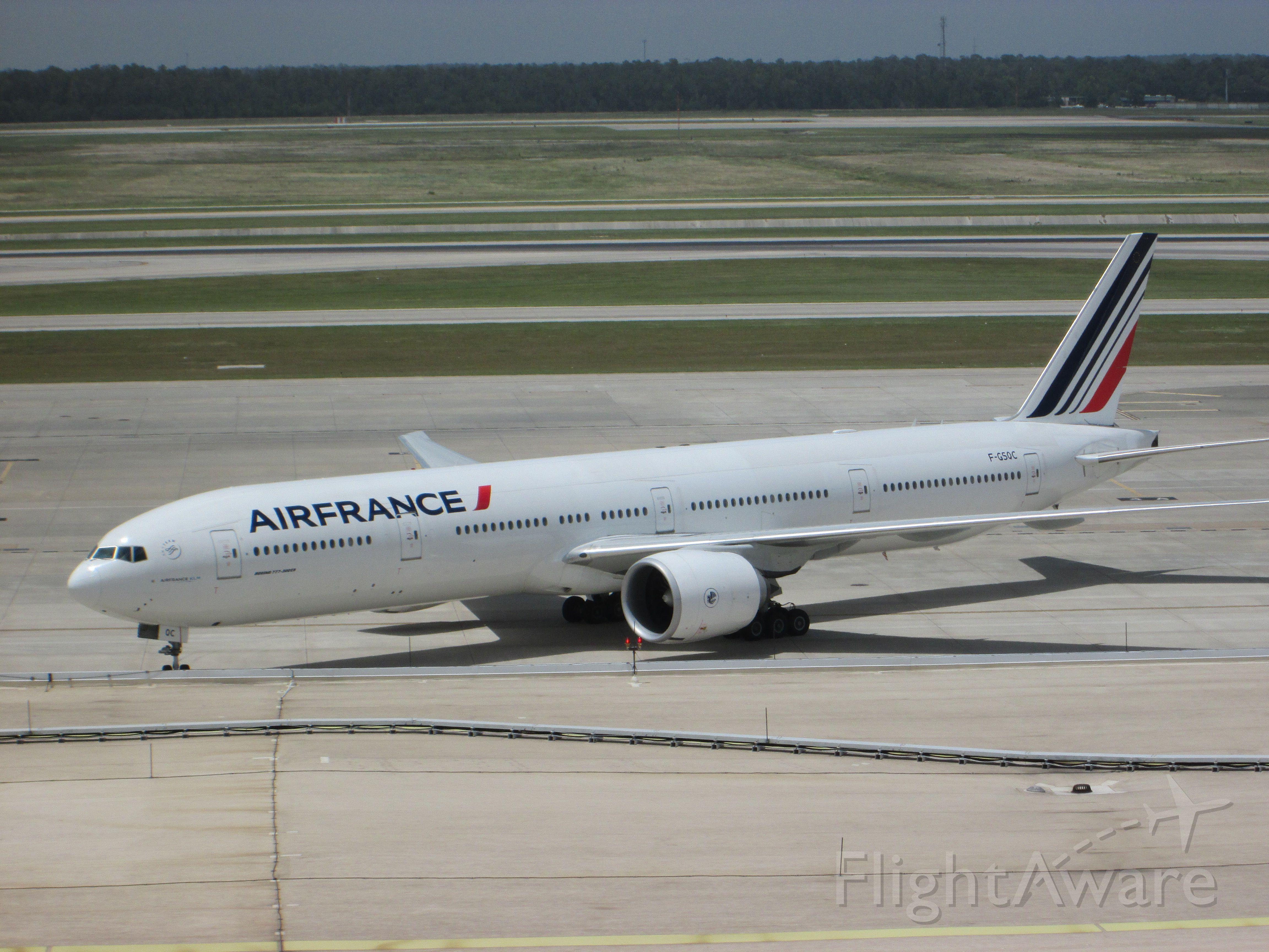 BOEING 777-300 (F-GSQC)