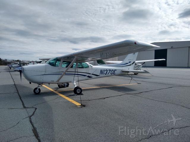 Cessna Skyhawk (N1370E)