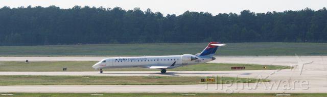 Canadair Regional Jet CRJ-700 (N658CA)