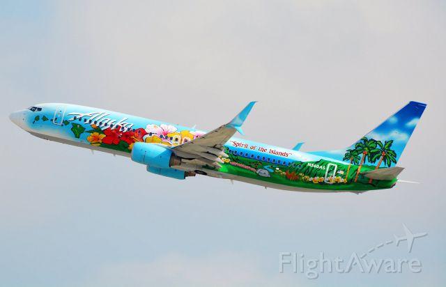 Boeing 737-800 (N560AS)