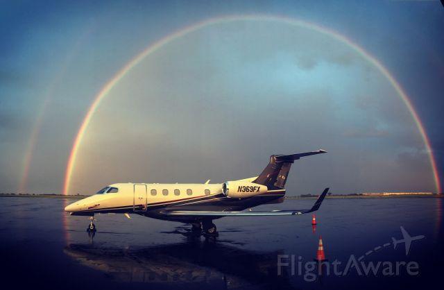 Embraer Phenom 300 (N369FX)