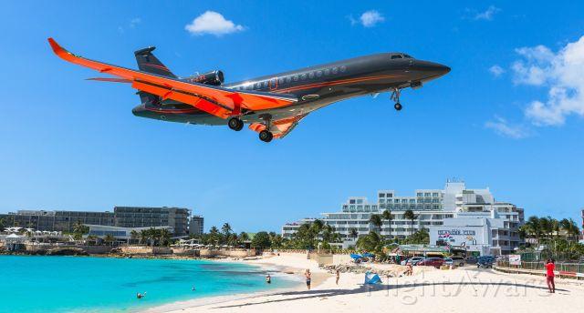 Dassault Falcon 8X (LX-LXL) - A great looking bird over the beach!