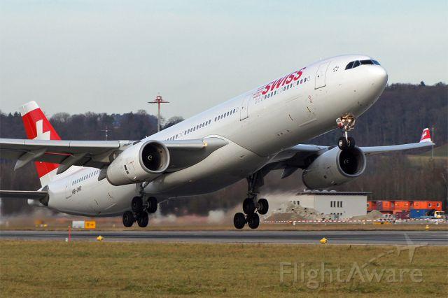 Airbus A330-300 (HB-JHE)