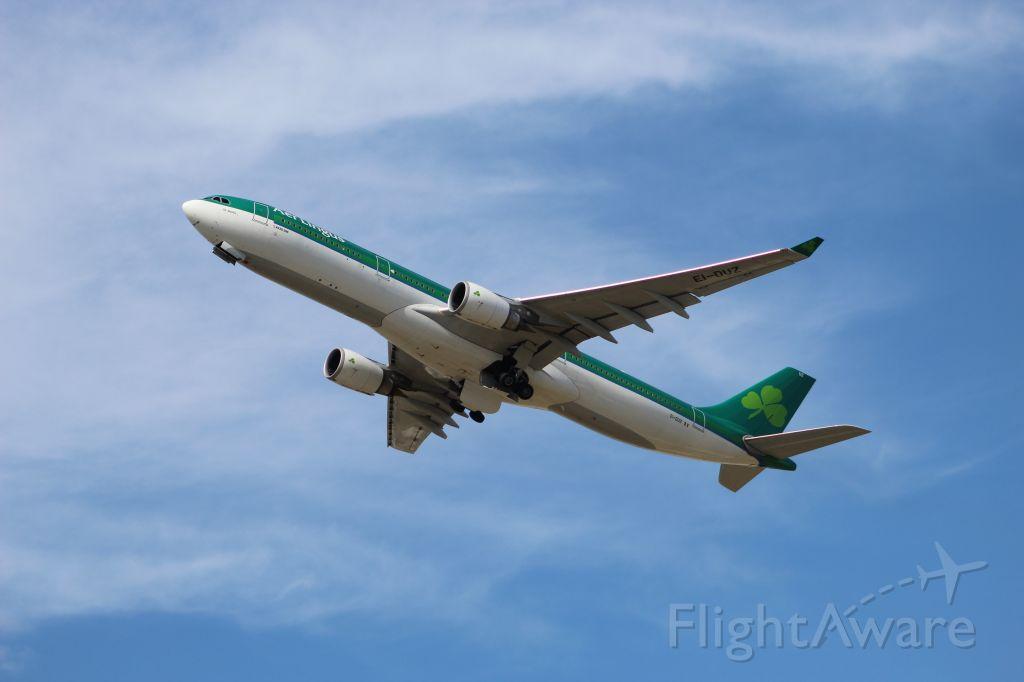 Airbus A330-300 (EI-DUZ) - Takeoff on 28R headed to Dublin