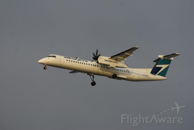 de Havilland Dash 8-400 (C-GVEN) - WestJet Encore Flight WR3356 from YYJ approaching YVR Runway 26L
