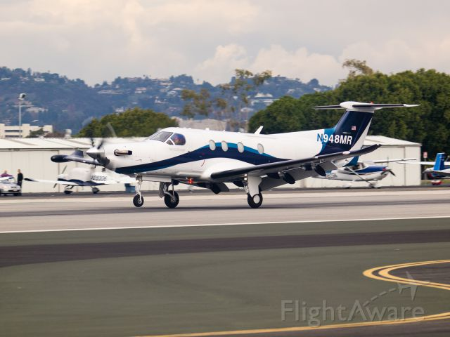Pilatus PC-12 (N948MR) - N948MR arriving on RWY 21