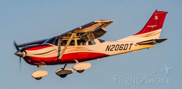 Cessna 206 Stationair (N206)