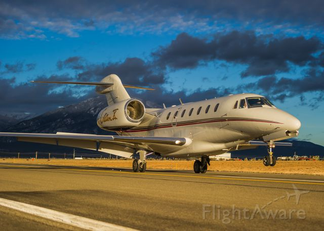 Cessna Citation X (N986QS) - NetJets Citation X N986QS touches down at Taos, NM on a beautiful winter evening. ©Bo Ryan Photography | a rel=nofollow href=http://www.facebook.com/BoRyanPhotowww.facebook.com/BoRyanPhoto/a Please vote if you like the image!