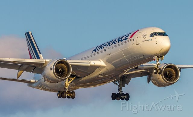 Airbus A350-900 (F-HTYB) - Air France A359 on short finals for runway 23